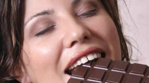 mancand_ciocolata