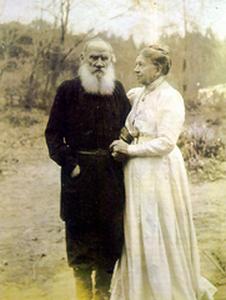 Tolstoi si sotia sa