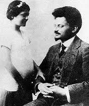 Trotki si fiica sa, Nina, in 1915