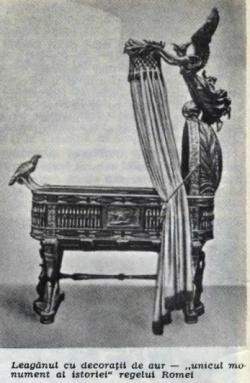 leaganul cu decoratii de aur regele Romei