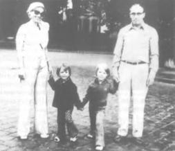 Marin Preda impreuna cu familia